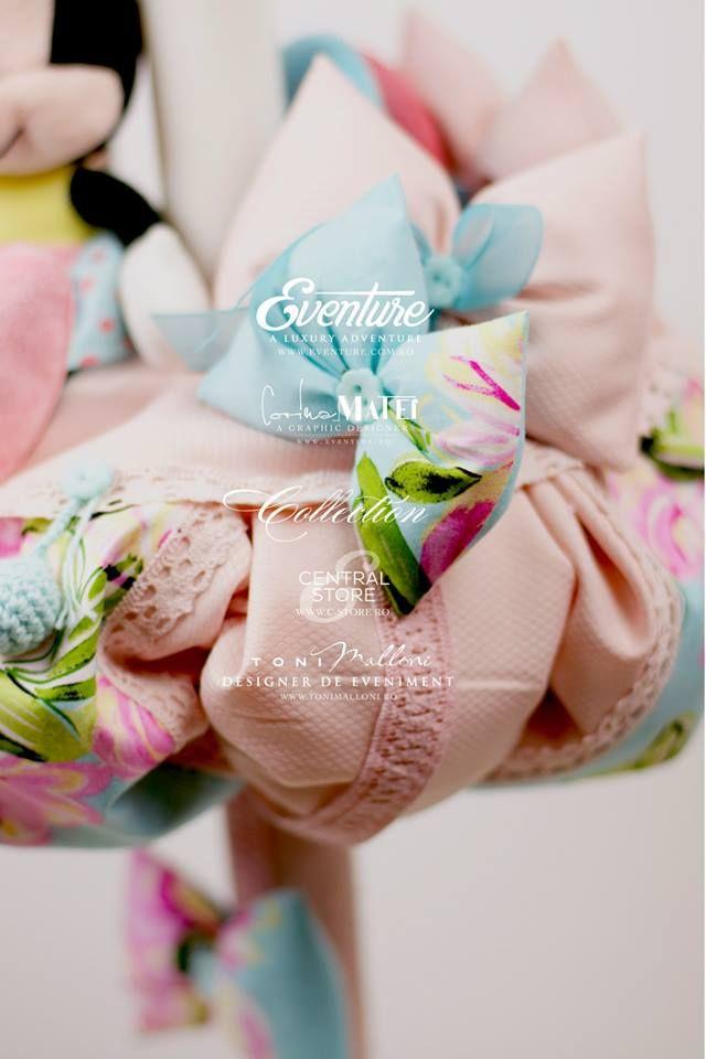 """Lumanare de Botez """" Minnie Pink """"  Shop online www.c-store.ro  by Graphic Designer Corina Matei & Toni Malloni, Event Designer wow@c-store.ro office@eventure.com.ro +40 723 701 348 +40 745 069 832 Referinte evenimente www.eventure.com.ro www.tonimalloni.ro www.bprint.ro www.eventina.ro"""
