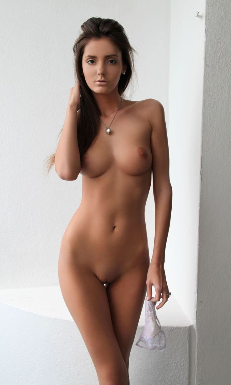 Girls nude women chicks