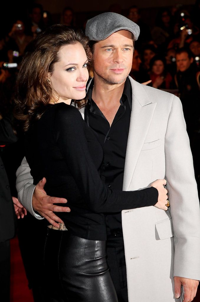"Angelina Jolie & Brad Pitt - ""Beowulf"" UK Premiere in London (November 11, 2007)"