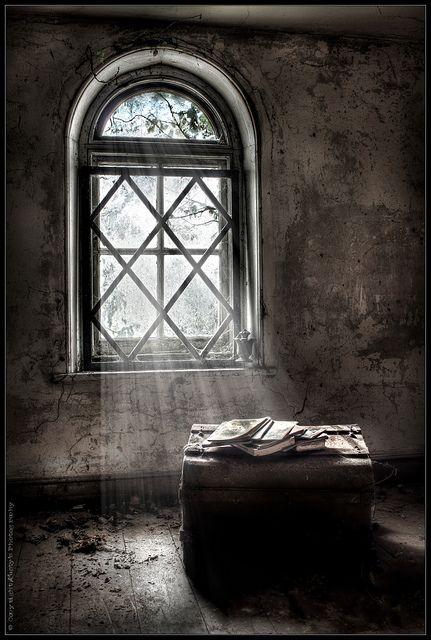"Abandoned Manor House ""Be"""