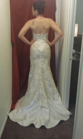 Oleg Cassini 4: buy this dress for a fraction of the salon price on PreOwnedWeddingDresses.com #wedding #mybigday
