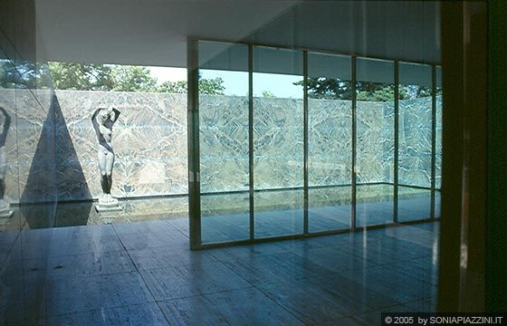 17 best images about mies van der rohe on pinterest for Mies padiglione barcellona