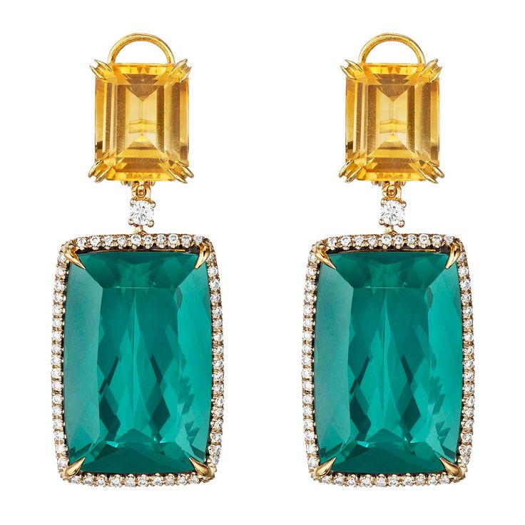 Faraone, Couture. 18Kt yellow gold, green tourmaline, champagne, brown and white diamonds.