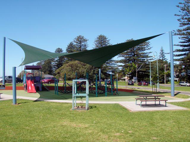 playground-shade-sail.jpg (640×480)