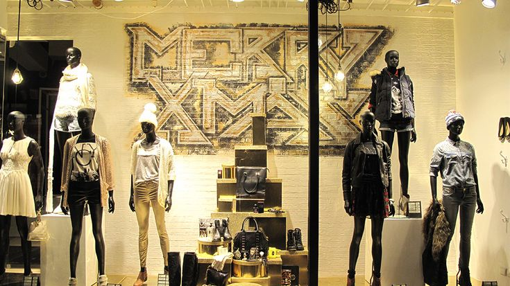 "River Island ""Graffiti MERRY XMAS"" Window Display.  More photos: http://thebwd.com/river-island-graffiti-merry-xmas-window-display/"