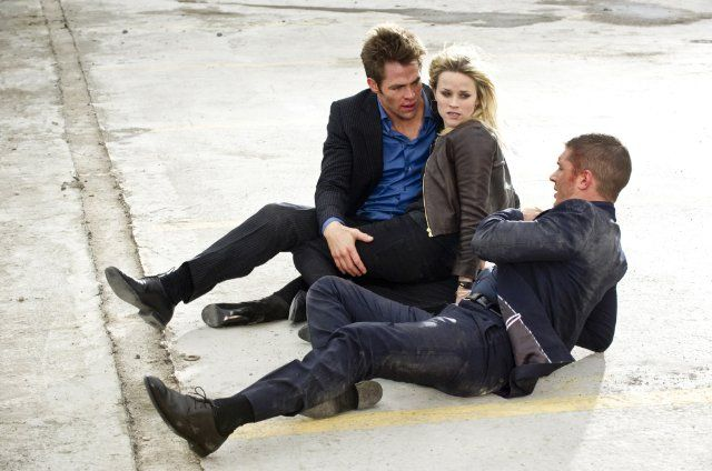 This Means War, She should've ended up with Tuck. But the end of this movie was too funny!