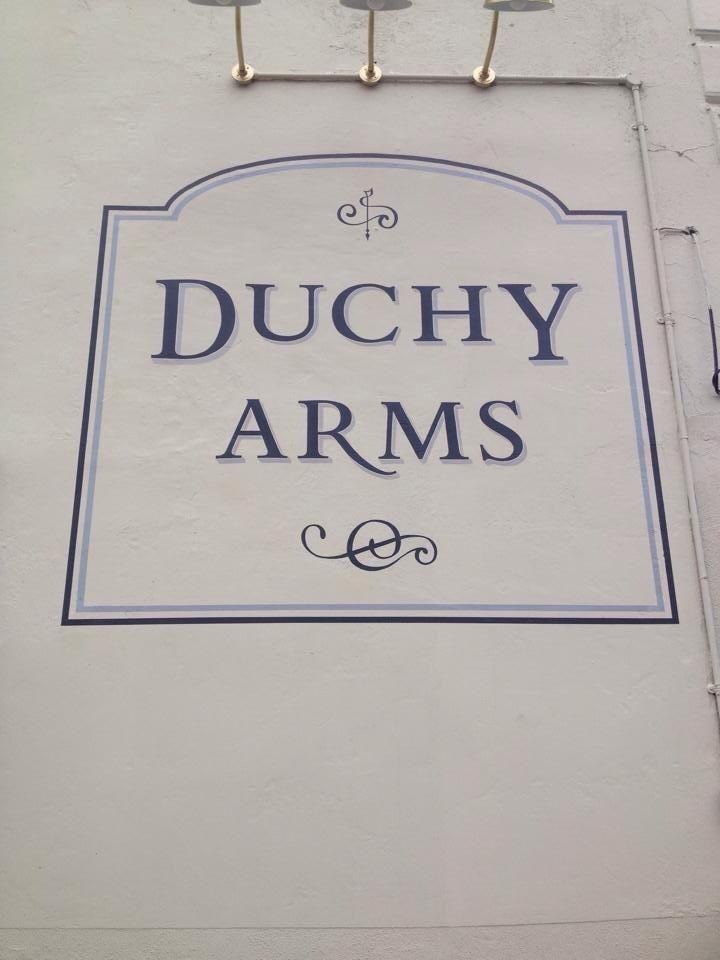 Duchy top panel