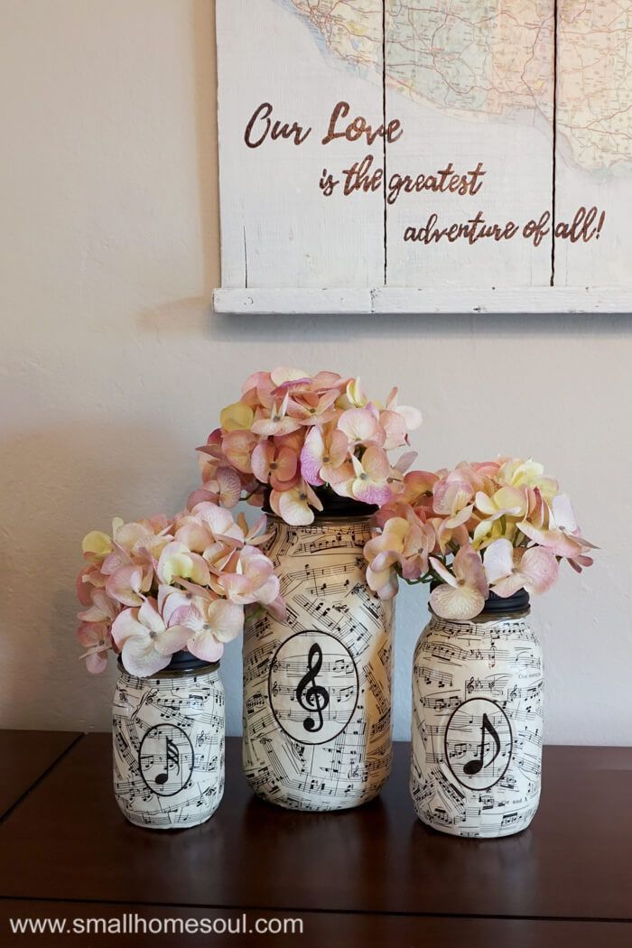 These lovely sheet music mason jar vases are perfect for any room in your house. They are an easy craft and perfect for homemade gift ideas.