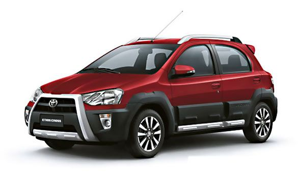 Toyota Etios Cross G Petrol Features & Specifications, ARAI Mileage and Price :- Toyota the Japanese car maker has come out with the Toyota Etios Cross at Rs priced between 5.76 lakhs and 7.40 lakhs (ex-showroom Delhi). The car which falls under hatchback