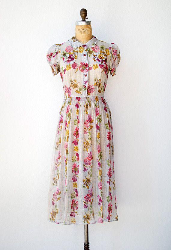 1000  ideas about 1940s Dresses on Pinterest  Vintage style ...