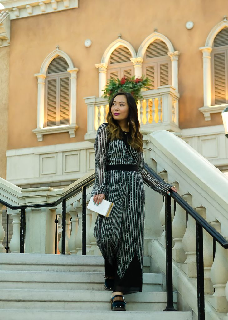 Destination guide: macau venetian-hotel macaron magazine.