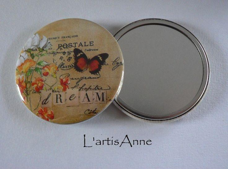 Miroirs de poche, Miroir de poche Papillon Carte Postale B. est une création orginale de L-artisAnne sur DaWanda