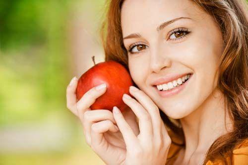 Não quer gastar em cápsulas, suplementos e balas de colágeno? Veja aqui como ter uma dieta rica em colágeno com alimentos que melhoram a sua saúde!