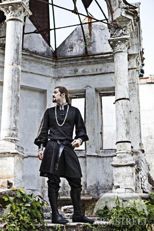 """Tunica medievale """"Nobile Cavaliere"""" dell'Europa orientale"""