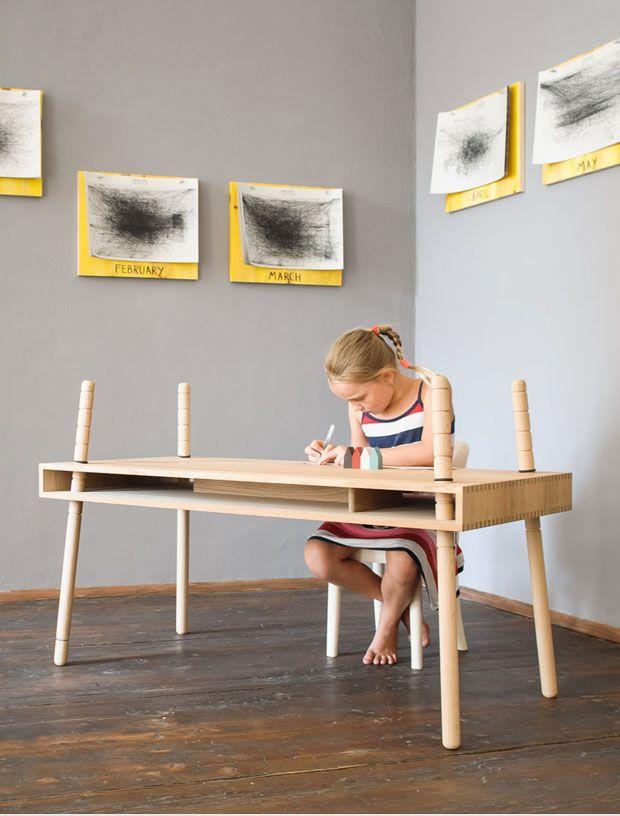 Adjustable Height Kids Desk