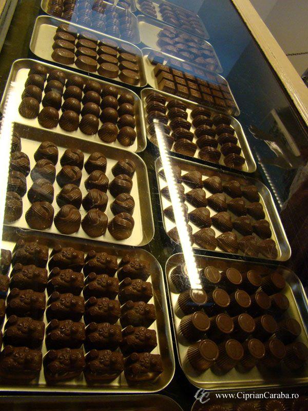 Bomboane de ciocolata :D la Muzeul Ciocolatei Choco Story din Brugge - Cea mai dulce vizita!