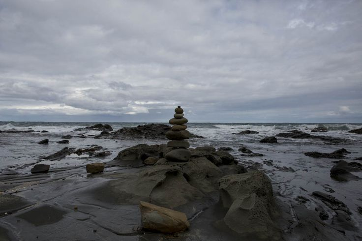 *Passive* I centred the rocks that are stacked on the horizon to create a balance. The rocks also create a relaxing feel to the viewing of the image.