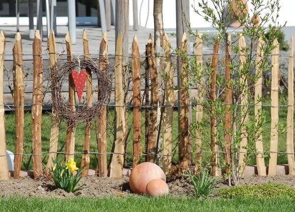 Perfect Staketenzaun Kastanienzaun Seite Gartengestaltung Mein sch ner Garten online