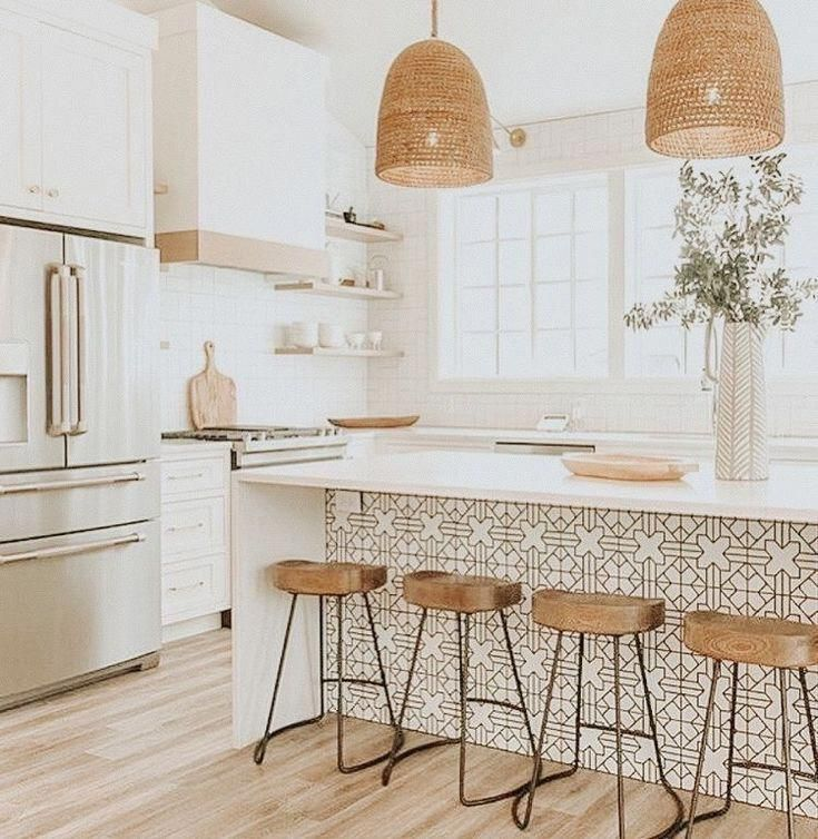 Light And Cheerful Boho Inspired Kitchen Design The Patterned Tiled On The Kitc Boho Cheerful De Home Decor Kitchen Kitchen Inspirations Kitchen Interior