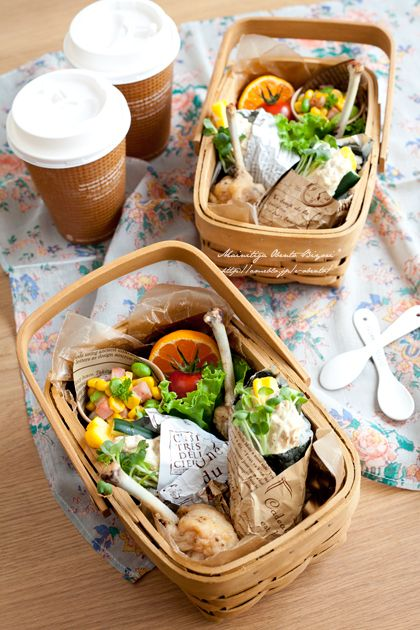 """Basket lunch box ♪ hand-rolled sushi 