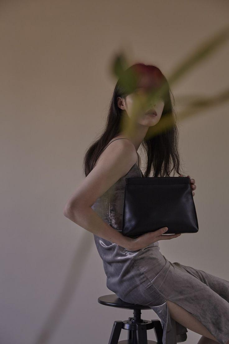 flor miu bag black