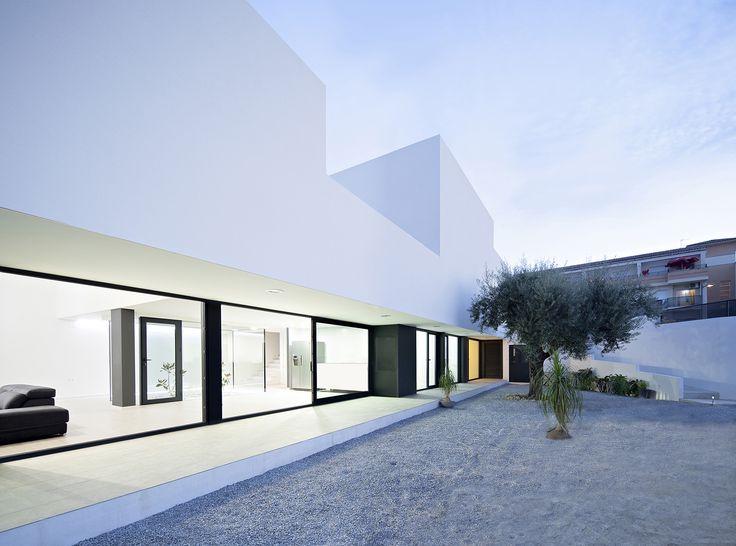 Gallery of Single Family House with Garden / DTR_Studio Arquitectos - 7