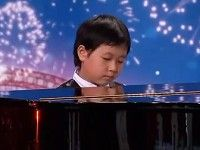 7 Year Old Piano Prodigy Shocks Judges and the Audience - Incredible!