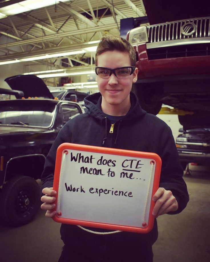"""We are continuing our celebration of CTE Month!  CTE means """"work experience"""" to Hunter Jordan who is a junior in our Auto Technology program and also Woodland Hills High School. @actecareerteched @usedgov  #ctemonth #cte #frctc #forbesroadctc #autotech #mechanic #woodyhigh #whhs #trades #roadtosuccess"""
