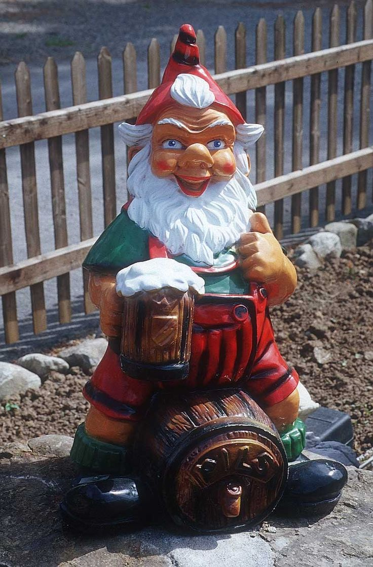 27 best Gnomes images on Pinterest   Gnomes, Garden gnomes and ...