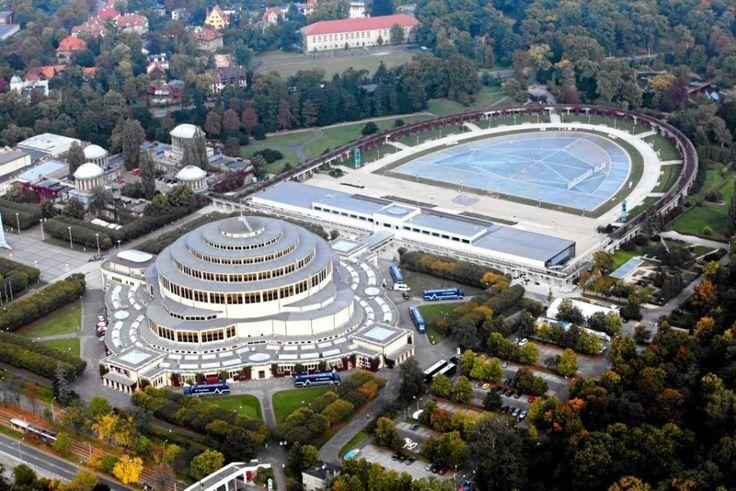 Wrocław- Hala Stulecia i fontanna multimedialna