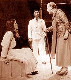 De repente el último verano, de Tennessee Williams,  dir. Hugo Urquijo. Teatro San Martín, Sala Casacuberta.  Alicia Berdaxagar y Mar...