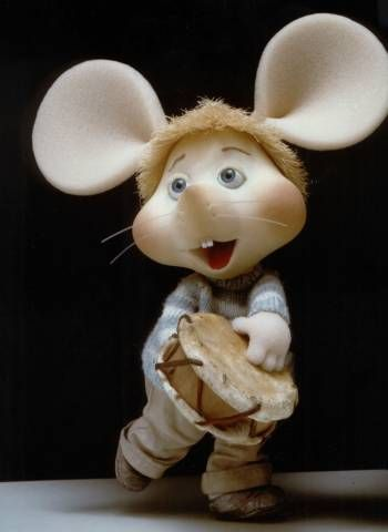 Topo Gigio, a soft foam mouse with dreamy eyes and childish personality, was very popular in Italy for many years — not only on TV but also in children magazines, such as the clical Corriere dei Piccoli, animated cartoons, movies, and merchandising.   Its popularity spread to the world after being featured on Ed Sullivan's weekly TV show.