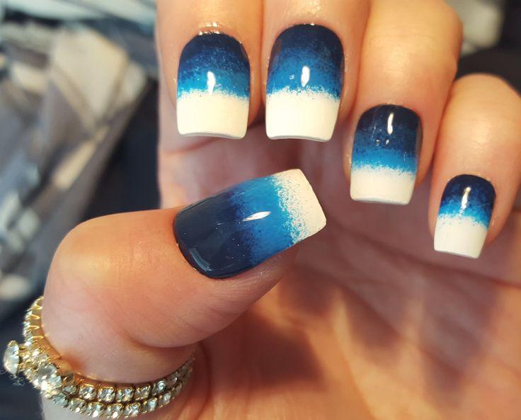 #nails #bluenails #nailpolish #ombre #negler #ombrenegler #negldesign #blåneglakk