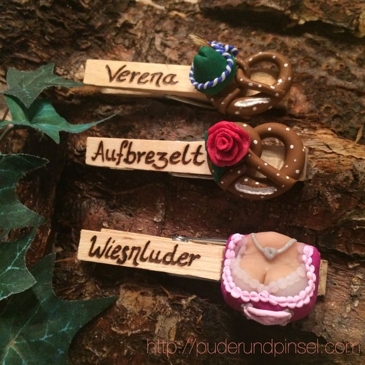 Falls ihr noch Ausstattung für die #Wiesn2015 braucht: http://shop.puderundpinsel.com #countdown #wiesn #oktoberfest #dirndl #dirndlblog #tracht #lederhose #schmuck #accessoires #bayern #woidschatzerl #brezlmithut #woid #glupperl #münchen #straubing #blogger #trend #musthave #flirten #obandln #glubberl #wasen #kirmes #jahrmarkt #holzklammer #handarbeit #wäscheklammer #brosche #dult #volksfest #gäubodenfest #kette #halsketten #collier #herzl #herz #lebkuchenherz #anhänger #fashion #styling…