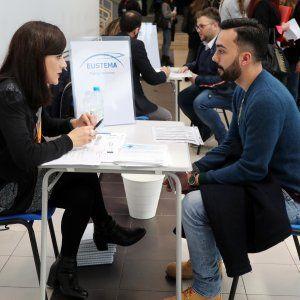 Offerte di lavoro Palermo  Nuovo metodo con due possibilità di recupero in caso di sito negativo  #annuncio #pagato #jobs #Italia #Sicilia Mille studenti in viale delle Scienze per i test d'accesso all'Università