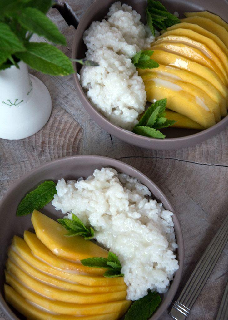 Opskrift på den lækreste asiatiske dessert Sticky Rice med mango - vi spiste den flere gange i Vietnam og Thailand - få opskriften her