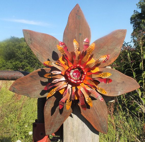 Rustic Barn Wood Autumn Wreath with Metal Flower Center ...