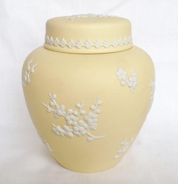 Ginger Jar and Lid: Wedgwood Primrose Jasperware : Primroses, Tablewares and Ware F.C.