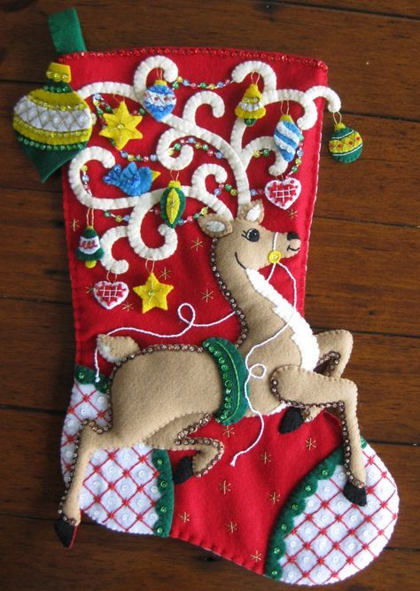 Ciervos de Bucilla Ornamental 18 terminado por MissingSockStitchery