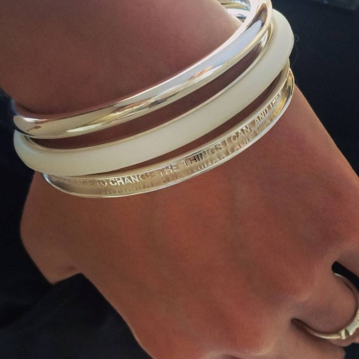 A love letters SERENITY bangle is a daily reminder to ask for the courage to change what you can.    Available in sterling silver, 18ct solid gold, palladium and platinum.