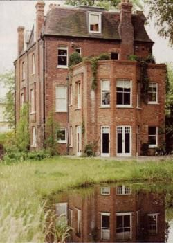 17 best images about brick country houses on pinterest brick houses irish and country homes - The beauty of an abandoned house the art behind the crisis ...