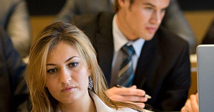 Sistema de administración de los recursos de información. La administración de recursos con eficacia implica la asignación de los recursos dentro de una organización. Un sistema de gestión de los recursos de información facilita esta tarea mediante la utilización de tecnología informática para gestionar las funciones administrativas. Este sistema permite el ingreso de datos y su análisis. Utilizando los ...