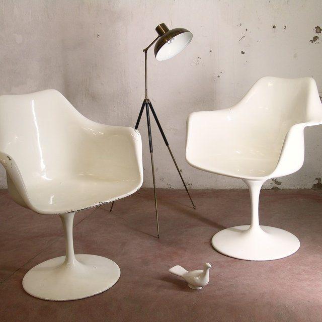 Tulip charis pair, designed by Eero Saarinen (1956) for ...