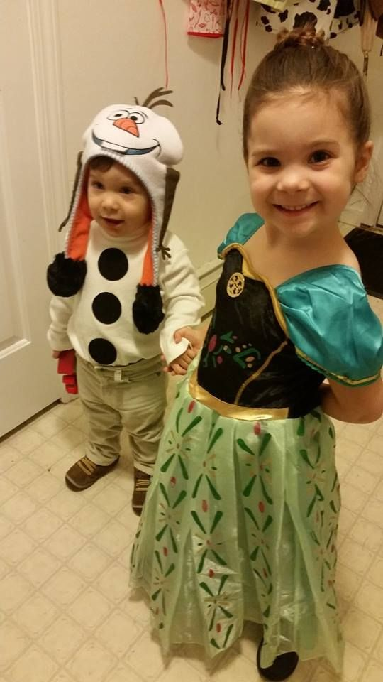 Disney Frozen Halloween Costumes How To - Olaf and Anna