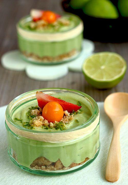Verrine crue au citron vert & crumble (végétalien) (en anglais)