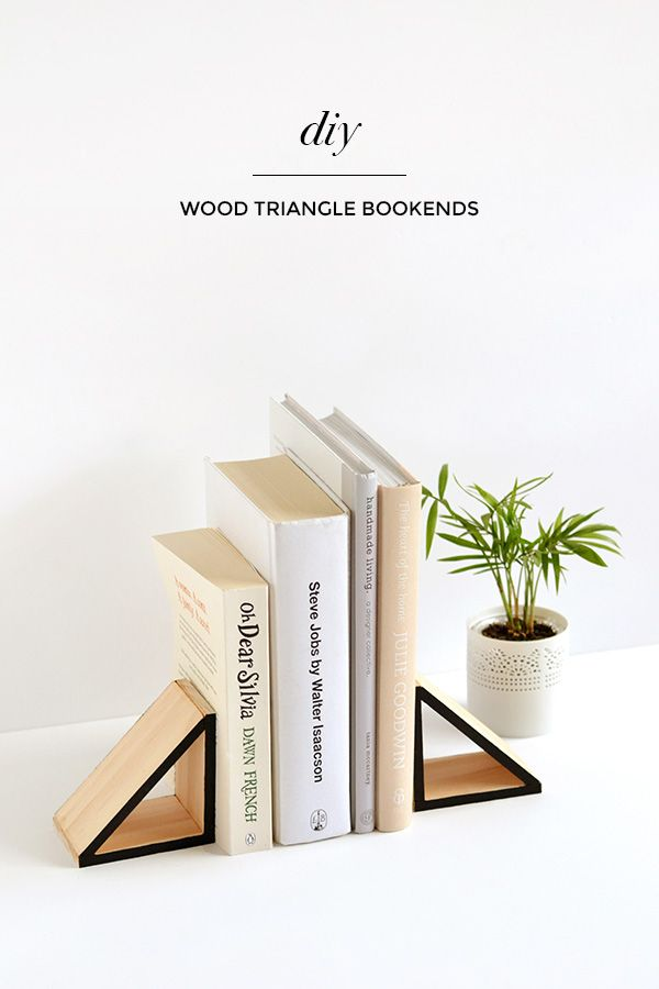 Make it | Wood triangle bookends