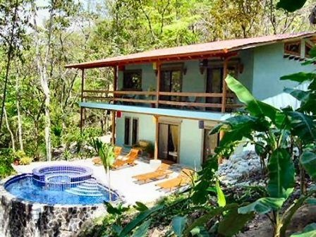 Still available for New Year 2013!! Mot Mot Villa in Manuel Antonio 10-minute drive to the national park gate and walking distance to Quepos town. Sleeps 8 in 4 bedrooms. Guarded community with private nature trails to waterfalls and onsite full-service Spa. $4000/week tax and s/c inclusive.
