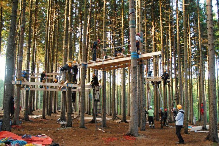 Domy na stromech_mezinárodní projekt_2013 | Mobilní lana