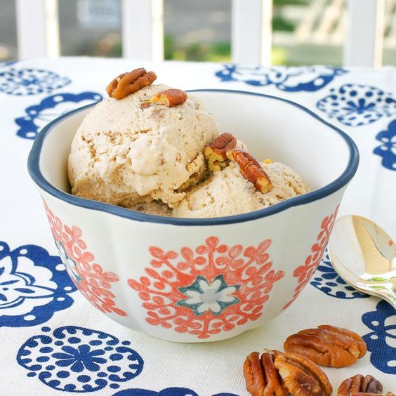 My favorite ice cream flavor is Butter Pecan. I love the rich taste of toasted pecans and vanilla. The past few weekends I've been working on a Vegan Butter Pecan Ice Cream. This recipe is very sim...
