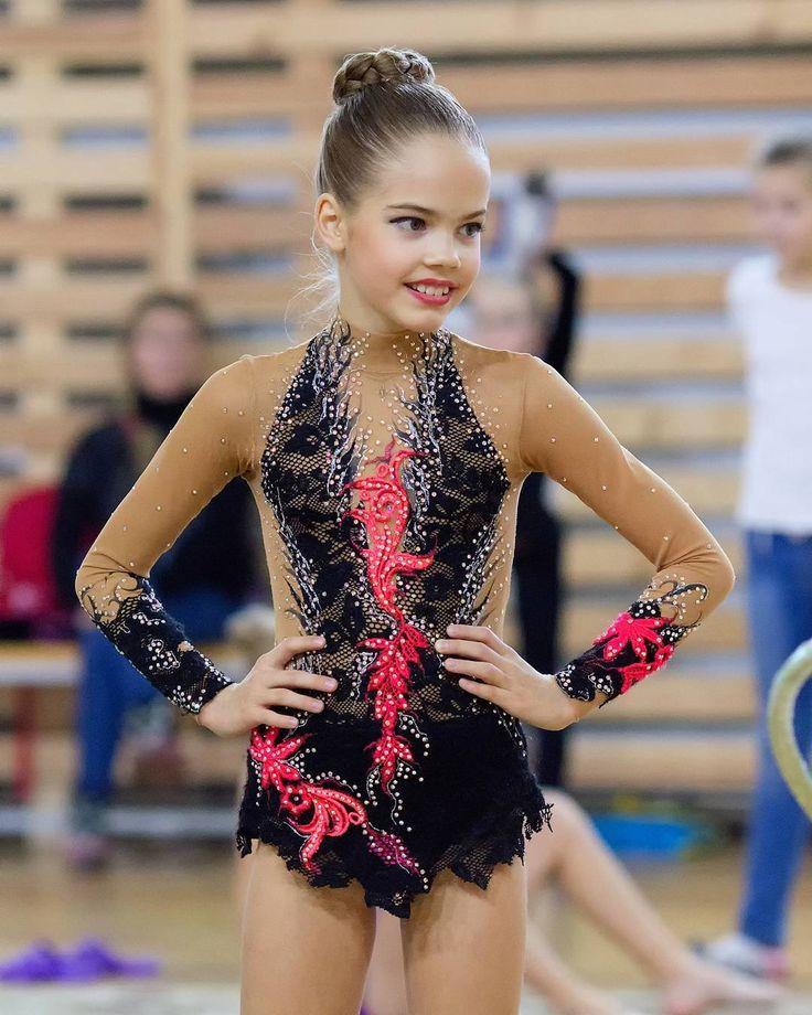 Дарья #фотокустова #художественнаягимнастика #золотаяосеньЛуга #гимнастка #соревнованияпохудожественнойгимнастике